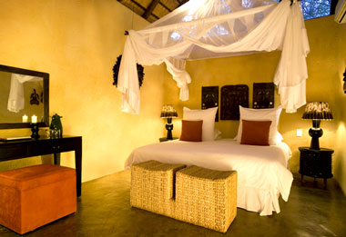 Earth Suite,Pondoro Lodge,Balule Nature Reserve,Kruger National Park,Luxury accommodation