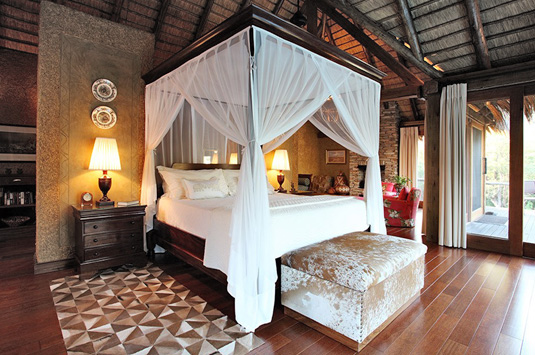 Luxury Main suite king bed Private Zindoga Villa Camp Jabulani Luxury Suite Big 5 Kapama Private Game Reserve Greater Kruger South Africa